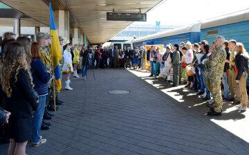 На Луганщине пустили первый в Украине уникальный поезд (видео)