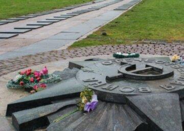 """Зірка """"впаде"""": у Львові піде під знесення відомий пам'ятник часів СРСР, фото"""