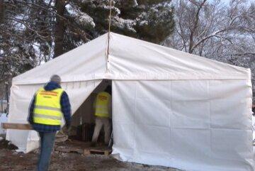 """Київські пункти обігріву виявилися марними для бездомних: """"Працюють за принципом ромашки..."""""""