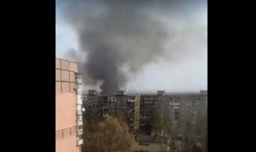 Вогняна НП в Дніпрі, дим видно за кілометри: кадри з місця подій
