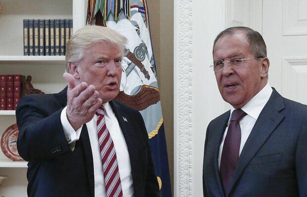 """Лавров став посміховиськом в гостях у Трампа: """"А тепер, Сергій, принеси кави"""""""