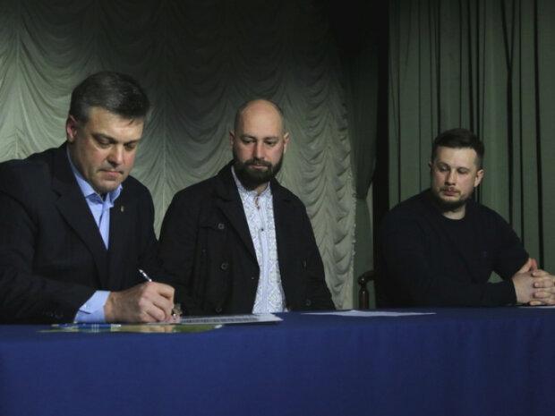 Українські націоналісти підписали маніфест: озвучено основні вимоги – фото