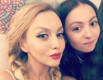 Полякова с дочкой