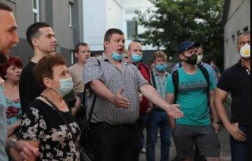 Рейдерский захват КЭВРЗ: до возвращения законного руководства сотрудники отказались заходить на завод