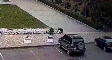 """""""Під виглядом комунальників"""": цинічні грабіжники розперезалися в Одесі, кадри"""