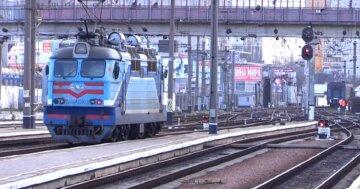 Молодий нацгвардієць кинувся під поїзд Одеса-Харків: відома причина фатального вчинку