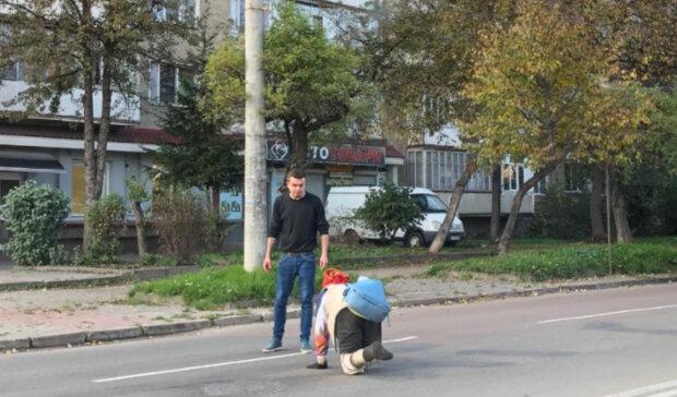 """""""И так 3 года"""": пожилая украинка каждый день переживает невыносимые муки, чтобы выжить"""