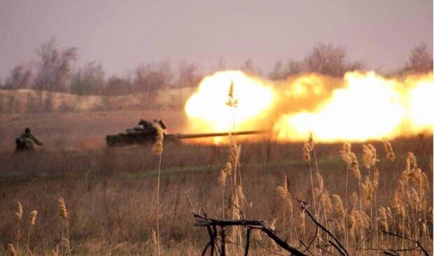 Танки і артилерія грюкають на півдні України: фото і подробиці