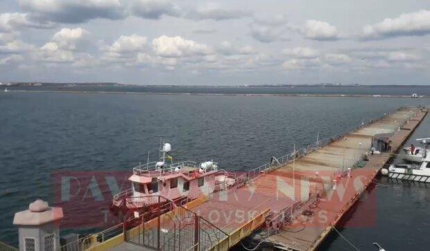 """""""Не видно ни одного судна на горизонте"""":  одесский порт закрыли, причина и кадры"""