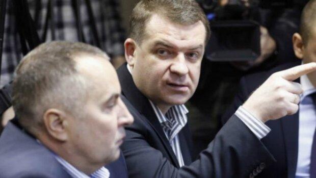 В СБУ избавляются от причастных к делу «бриллиантовых» прокуроров