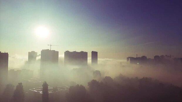 Важке дихання Києва. Не задихнутися і не загрузнути в смітті