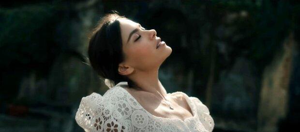 Экс-солистка «Серебро» Елена Темникова