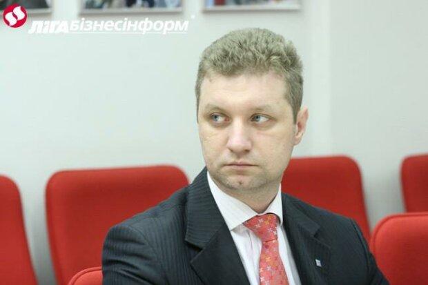 Хоромы в Киеве: глава Общественных советов при ГФС и Минфине соврал в декларации