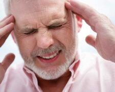 инсульт, головные боли, голова болит, болезнь