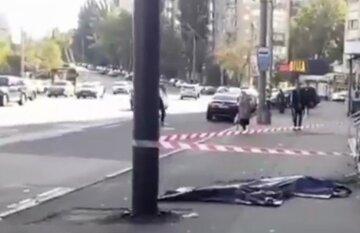 У Києві загадково обірвалися життя матері і дитини: відео і подробиці з місця трагедії