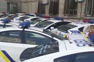 """""""Чому їх ніхто не ремонтує?"""": звалище дорогих авто знайшли в Дніпрі, фото"""