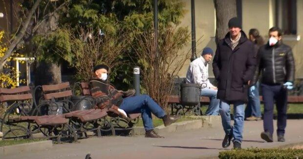 карантин маски люди вулиця