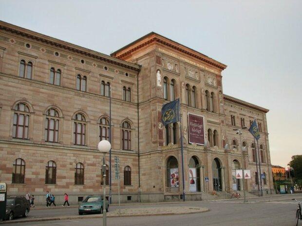 4171163-national-museum-of-fine-arts-stockholm