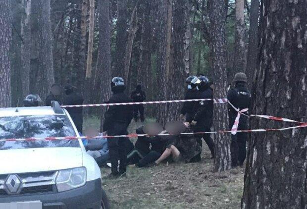 Збройний конфлікт влаштували під Харковом: з'їхалася поліція, кадри ПП