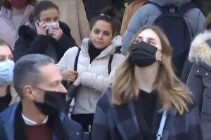 карантин маски люди