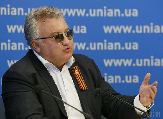 Олег Калашников