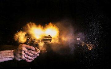 выстрел пистолет