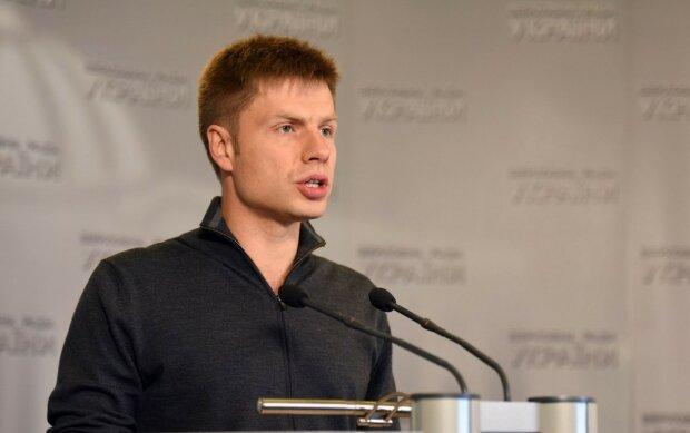 УНИАН, Алексей Гончаренко