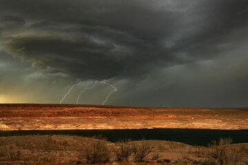 Буря, хмара, блискавка, апокаліпсис, Getty Images