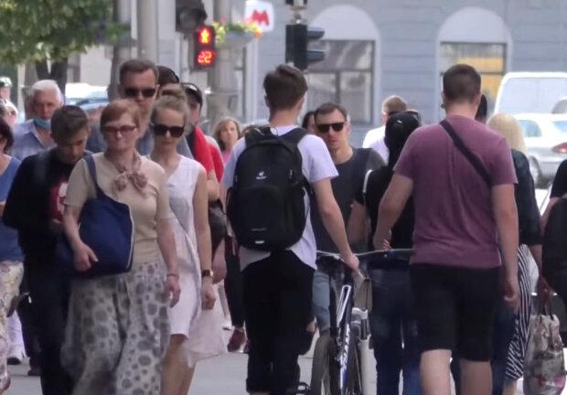 украинцы, толпа, лето