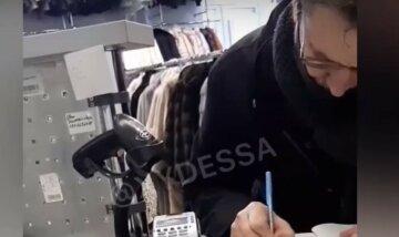 """""""Мова – это говяжий язык"""": в одесском магазине сцепились из-за украинского, видео"""