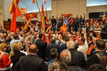 Захват парламента Македонии: новое видео штурма