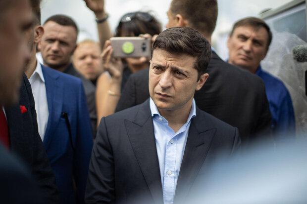 Соратники Януковича просочились в окружение Зеленского, забита тревога: такого скандала давно не было