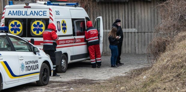 Оборвалась жизнь известного украинского журналиста: съехались медики, родственники пригрозили взорвать дом