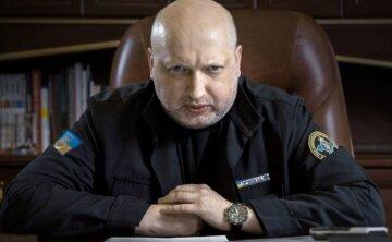 """Турчинов внезапно собрался отвоевывать Крым и обратился к Зеленскому: """"в отличие от 2014 года..."""""""