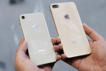 iPhone-8-Unboxing-2