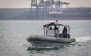Військові США обстежують акваторію одеського порту: відома причина і кадри з місця