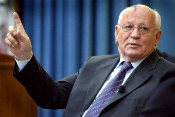 """Горбачев внезапно обвинил культовый сериал в крахе СССР: """"Полчаса просмотра дали сильный эффект"""""""
