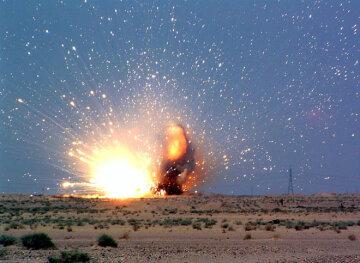 Explosion_roadside_080909