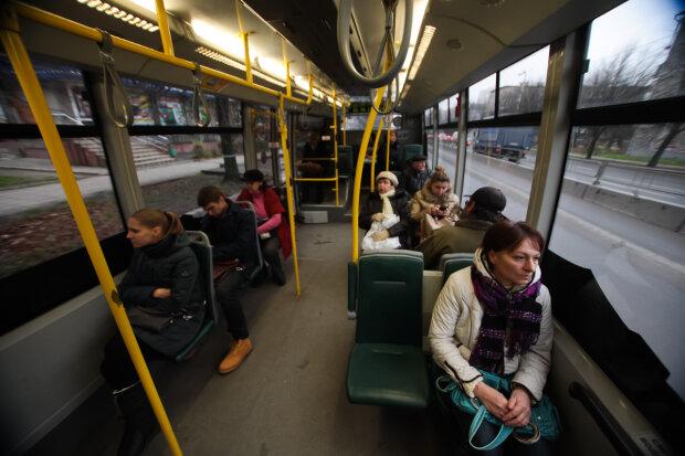 троллейбус, пассажиры