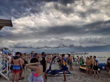 Погода порушить плани відпочиваючих в Одесі: що буде 28 липня