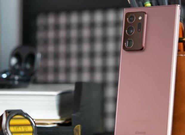 """Новый Samsung Galaxy Note 20 разочаровал пользователей: """"Оказался недостаточно..."""""""