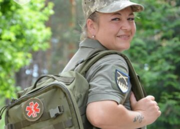 """Украинка отправилась на фронт, 25 лет проработав в обычной больнице: """"Ни дня не пожалела"""""""