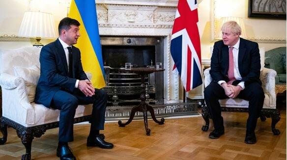 Вадим Карасьов: навіщо Великобританії військові бази в Україні?