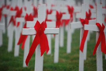 день борьбы со спидом кресты