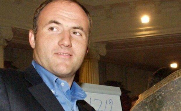 К схеме поставок героина в Европу может быть причастен олигарх Павел Фукс, — источник в МВД