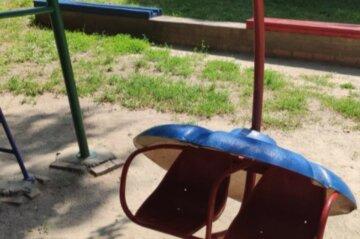 """""""Дах впав на дітей"""": нещасний випадок на дитячому майданчику під Сумами"""