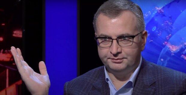 Новый локдаун в Украине: Атаманюк назвал возможные даты жесткого карантина, что важно знать