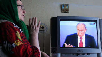Всем руководит Медведев, а я в плену у бояр: в сети высмеяли резонансное обращение Путина к россиянам