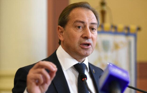 """Томенко розповів, як депутати можуть допомогти врятувати Україну від коронавірусу: """"майже 300 мільйонів..."""""""