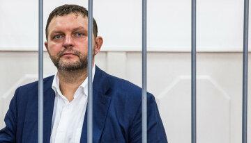 Скандальний губернатор дасть свідчення проти Навального заради звільнення